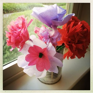 Flowers to honor your worrywart mom jenni kaye mothers day is coming soon and with it comes a chance to honor the worrywart in your life with a bouquet of homemade tissue paper flowers mightylinksfo